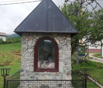 U uskopaljskom naselju Ždrimci oskrnavljena kapelica i oštećen spomenik braniteljima