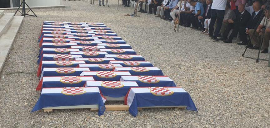 Zaravan Bile: Obilježen Dan sjećanja na žrtve totalitarnih režima