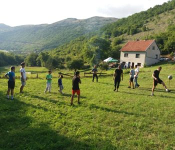Foto: Peto okupljanje obitelji Šarčević – Necinih