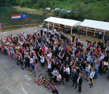 Foto/video: Treći susret Ustramljana