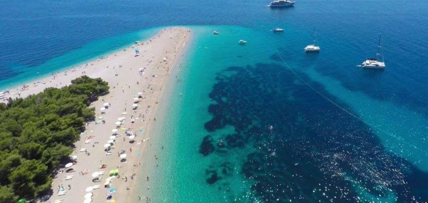 Plaža Zlatni rat na Braču u Hrvatskoj proglašena najljepšom na svijetu