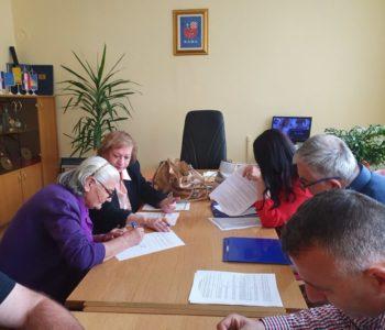 Potpisani ugovori za donaciju građevinskog materijala  korisnicima s područje Općine Prozor-Rama