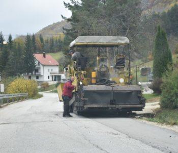 Foto: Sanacija na pojedinim dionicama regionalnog puta R 418-a Prozor-Tomislavgrad