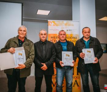 Zlatno, tri srebrna i dva brončana odličja za ramske pčelare na Međunarodnom pčelarskom sajmu u Mostaru