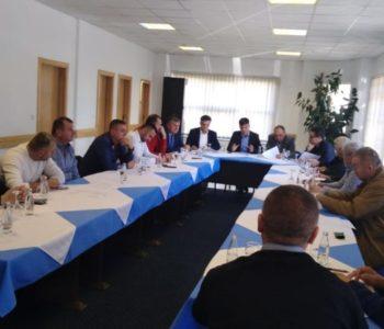 Za HDZ 1990 prioriteti Izborni zakon, Aluminij i Mostar. Što je s Travnikom koji treba biti uređvan na principima kao i Mostar?