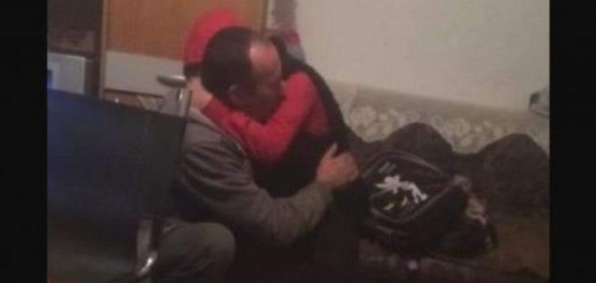 Zagrljaj oca i kćeri rasplakao BiH: Fikret ide u zatvor zbog tri metra drva