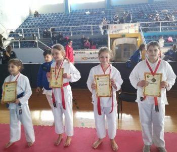 KK Empi: Četiri medalje u Širokom
