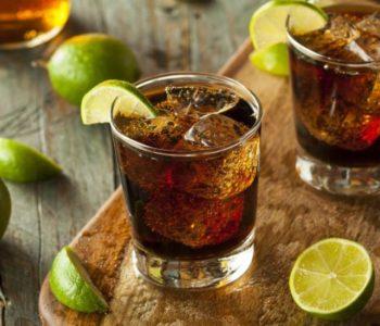 Svakodnevno ispijanje kave i alkohola zapravo vam može produljiti život?