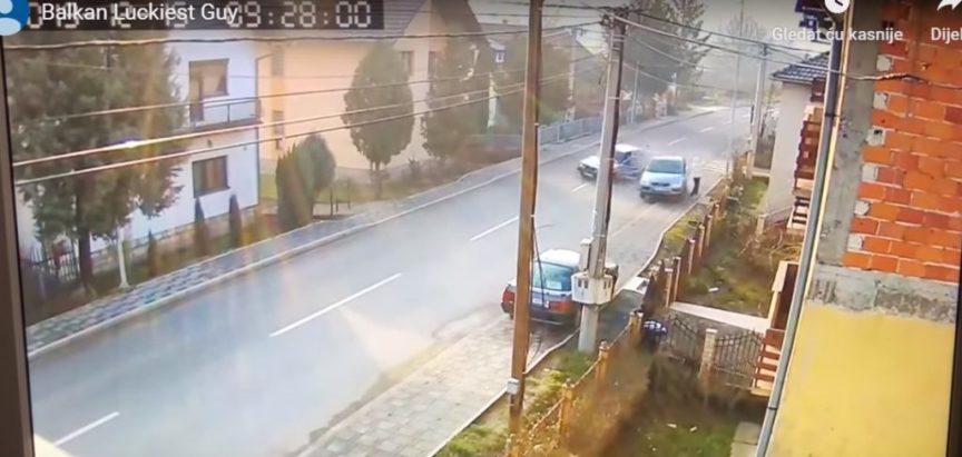 Video: Pješak za dlaku izbjegao smrt