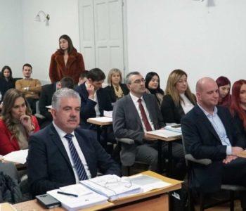 """Vlada HNŽ-a """"uštedila"""" 20 milijuna, a nije isplatila dugovanja prosvjeti i policiji prema sudskim presudama"""