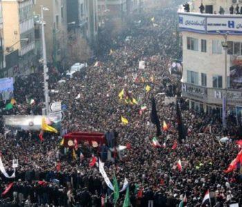 Kaos na pogrebu iranskog generala: U stampedu poginulo 35, a ozlijeđeno desetine ljudi