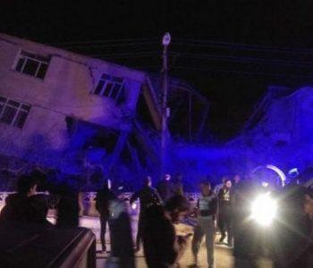 Potres na istoku Turske: Stradalo 14 osoba, skoro 300 ozlijeđeno, ali broj žrtava raste