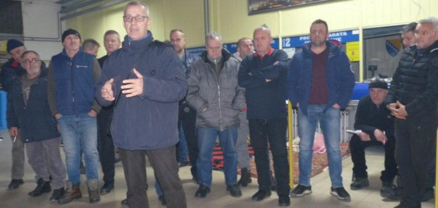 Zamrznut štrajk glađu radnika Zenicatransa, Autobuska stanica ostaje u blokadi