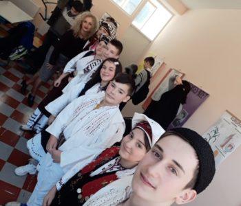 """Foto: Učenici OŠ """"Ivan Mažuranić"""" Gračac"""