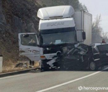 U prometnoj kod Mostara poginula samohrana majka i dijete