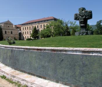 Umjetnost križa: Ramski križ akademskog kipara Mile Blaževića
