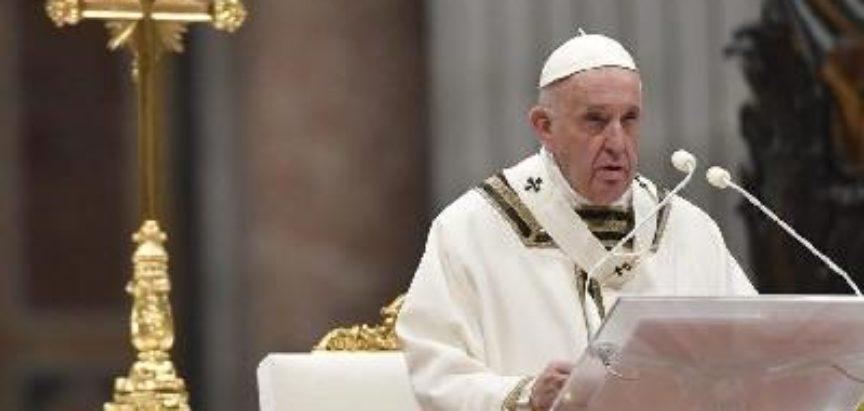 Papa predsjeda molitvom s blagoslovom Urbi et Orbi na Trgu sv. Petra