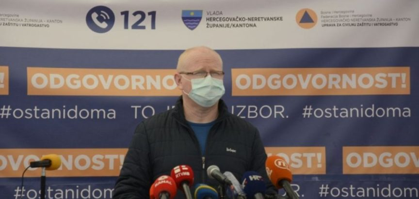 Konferencija za novinare Vlade i Stožera HNŽ-a: Pacijent je preminuo od srčanog zastoja, četiri osobe na respiratoru u kritičnom stanju