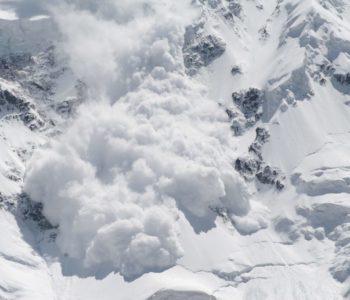 Poginulo šest osoba pod lavinama u Alpama