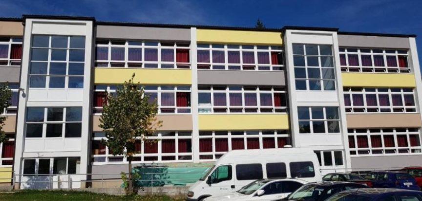 Obavijest o upisu prvašića u OŠ Marka Marulića Prozor i Područnu školu Lug