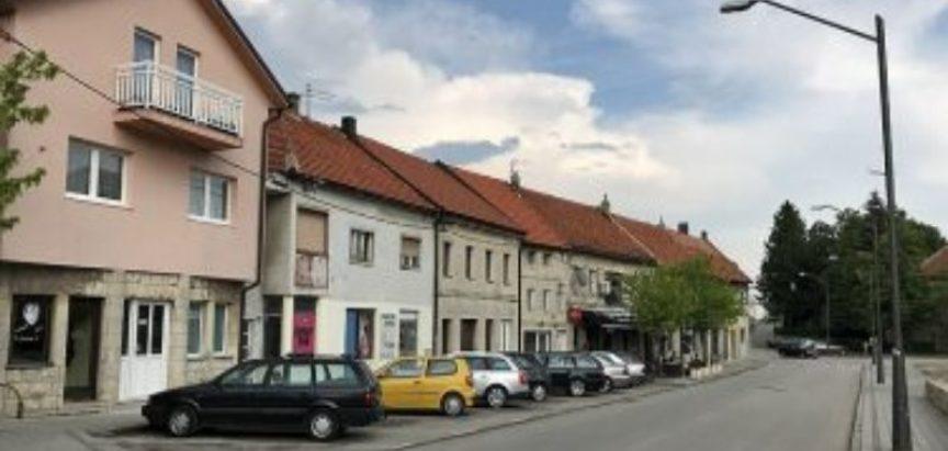 "Koronavirus: Duvanjsko selo ""čuva"" policija"