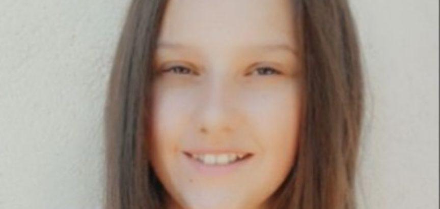 Lorena Šimunović učenica je generacijeOŠ Ivana Mažuranića Gračac