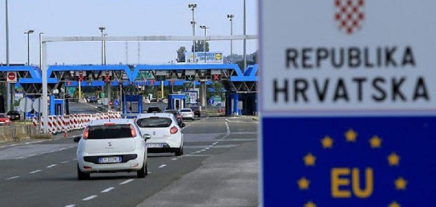 Novi režim na granicima izazvao konfuziju, MUP primio više od 7000 poziva