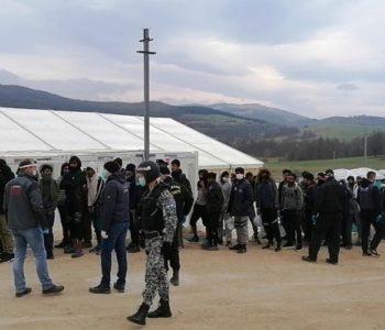 Pucnjava u Bihaću: Migranti se sukobili s policijom kod Bihaća