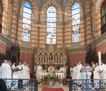 Propovijed kardinala Vinka Puljića na Misi za sve žrtve Drugoga svjetskoga rata te posebno za žrtve Bleiburške tragedije