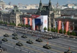 U Rusiji se danas obilježava Parada pobjede, Dodiku društvo pravi Kusturica