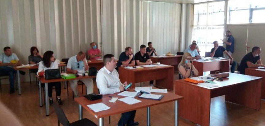 ODRŽANA 38. SJEDNICA OPĆINSKOG VIJEĆA PROZOR-RAMA: Općina će financirati uređenje pročelja stambenih objekata u Prozoru