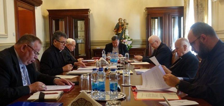 Biskupska konferencija BiH: Odoše nam ljudi