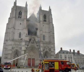 Uhapšen izbjeglica iz Ruande osumnjičen za podmetanje požara u katedrali u Nantesu