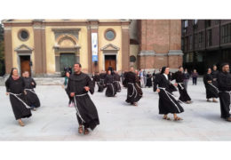 Redovnici i redovnice iz Italije plesom oduševili mještane