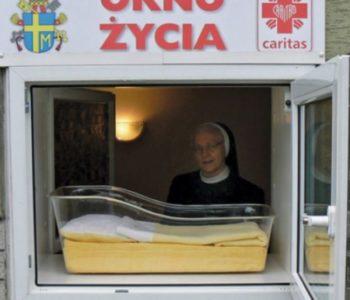 Poljske redovnice pronašle dijete u 'Prozoru života'