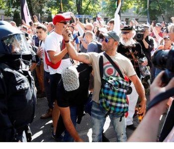 Prosvjedi protiv nošenja maski i mjera diljem Europe, u Berlinu 300 privedenih – nisu nosili maske