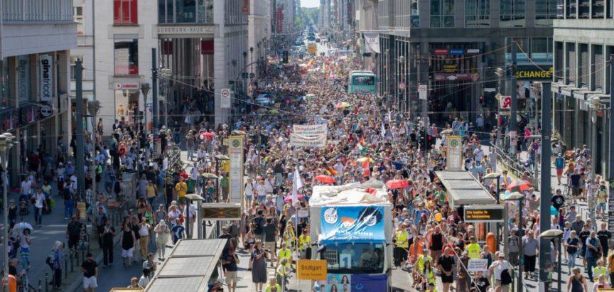 Veliki prosvjed protiv mjera u Berlinu: Mi smo drugi val!