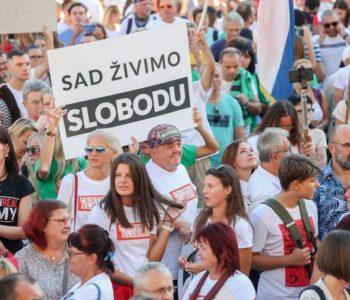 U Zagrebu održani prosvjedi protiv korona mjera