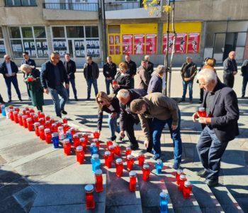 U Prozoru upaljene svijeće za poginule i preminule branitelje Rame