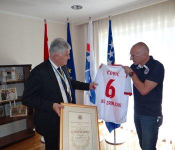 Zašto Elektroprivreda HZ Herceg-Bosne financira nogometaše Širokog Brijega i Zrinjskog,  a ramskim ni marke?