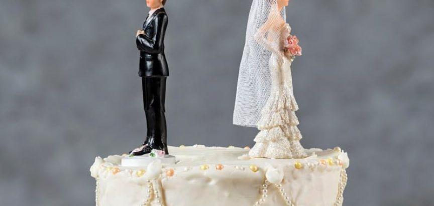 Tužila dečka jer je nije oženio nakon osam godina veze