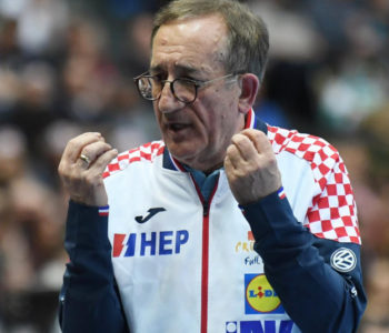 Lino Červar je u sastav reprezentacije za početak puta u Kairu odlučio vratiti Igora Karačića.