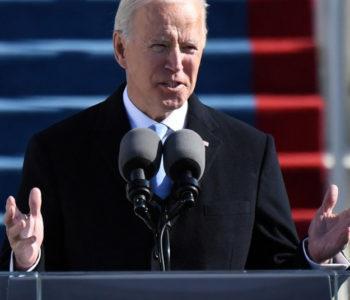 Biden prisegnuo, u govoru zahvalio svim živim prethodnicima osim Trumpu