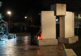 Bolna tišina u Posušju: Građani pale svijeće za osmero stradalih