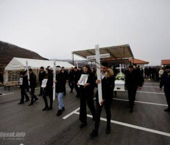 U Hrvatskoj danas Dan žalosti povodom stradanja osmero mladih iz Posušja