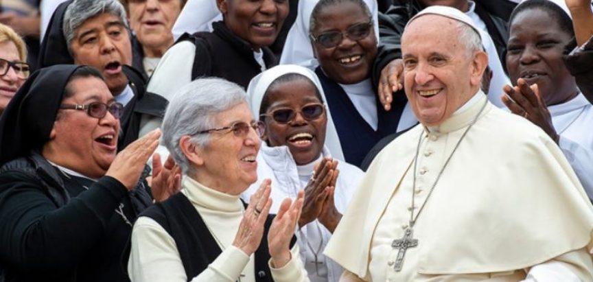 Papa Franjo se cijepio protiv COVID-19