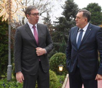 Dodik i Vučić traže rješenje za cijepljenje u BiH