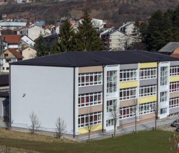Općina Prozor-Rama u prošloj godini samo za materijalne troškove osnovnim školama isplatila 155.470,00 KM