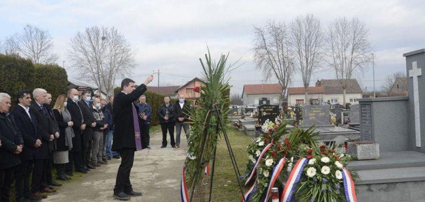 Sjećanje na hrvatske seljake koje su ubili jugoslavenski žandari