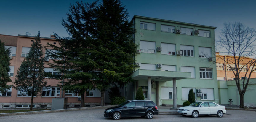 Incident ispred očne ambulante u SKB Mostar